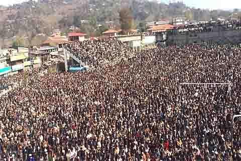 Thousands attend Sardar Khalid Ibrahim's funeral