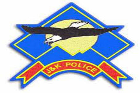 Police rescues three people trapped in snow-bound Kathua
