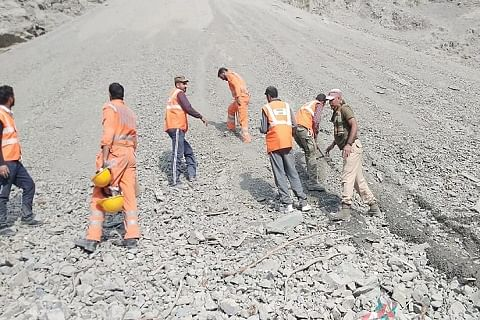 NDRF joins rescuers to locate truckers missing after Kashmir highway landslide