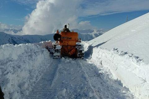 North Kashmir: Bandipora-Gurez road reopens for traffic after three days