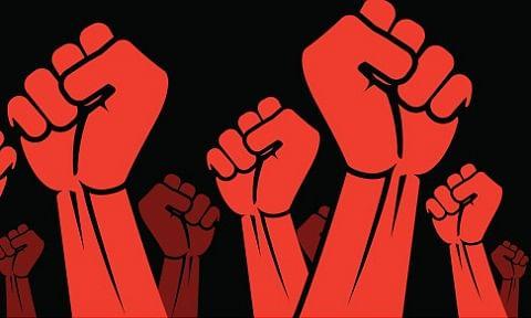 Labourers protest, pelt stones, injure 2 policemen at Arnas