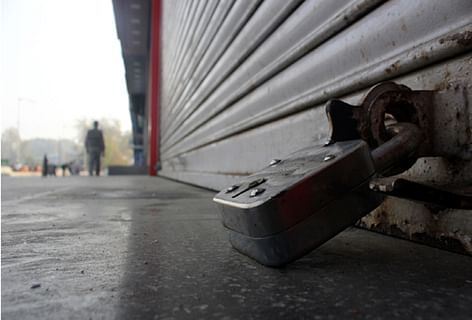 Shopian, Pulwama districts shut to mourn militant killings