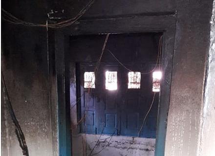 Fire damages Panchayat building in north Kashmir's Kupwara