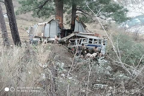 ITBP trooper killed, 34 injured as bus rolls down into gorge on Kashmir highway
