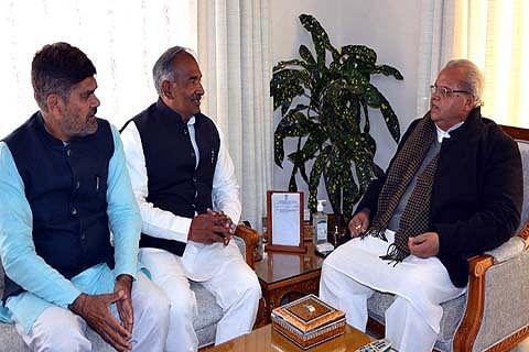 Uttarakhand education minister meets Governor