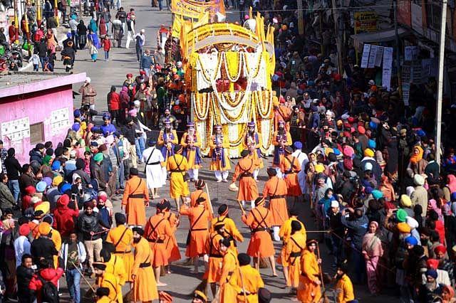 Sikh Devotees Observe Birth Anniversary Of Tenth Guru