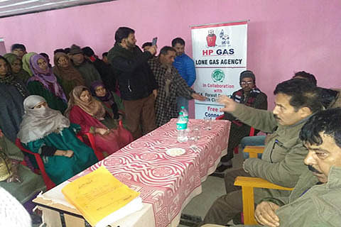 Free LPGs distributed in Zaloora block