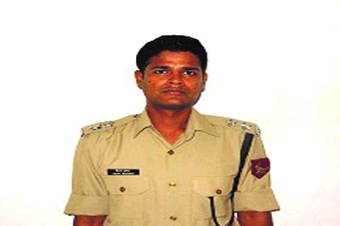 BSF officer 'killed in Pak sniper fire'