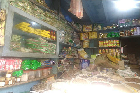 Burglars loot 3 shops in 2 days