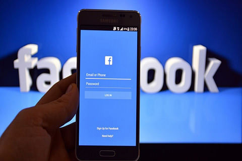 Facebook commits $300 mn to support local news