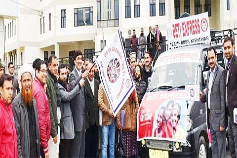 DDC Kishtwar flags off 'Beti Express'