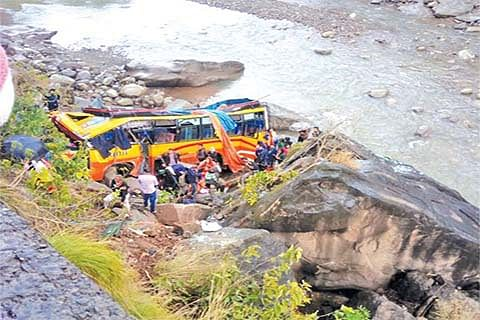 2 killed, 53 injured in Udhampur bus accident