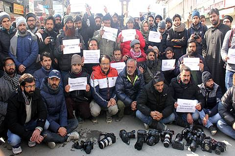 Kashmir media outraged as govt bars journalists from R-Day function