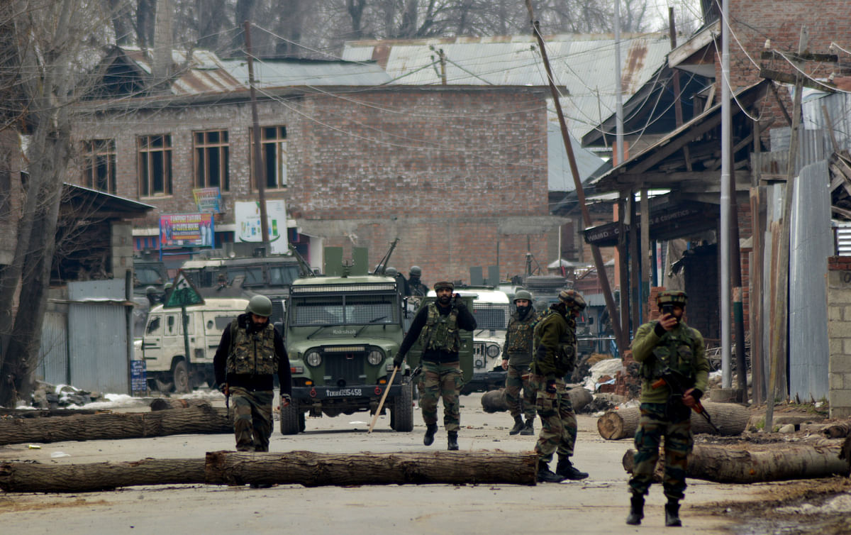 Youth Clash With Forces During CASO in Kulgam Village