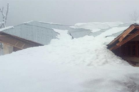 House collapses after heavy snowfall