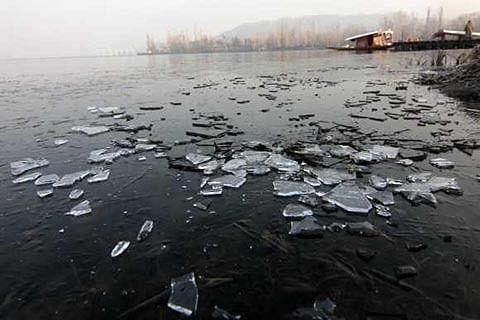 Kashmir braves a tough winter after decades