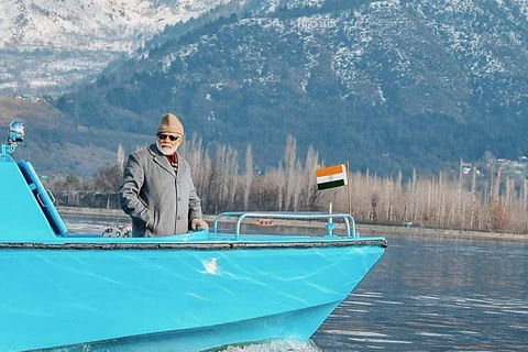 Who was he waving at? Modi trolled on social media over Dal lake video