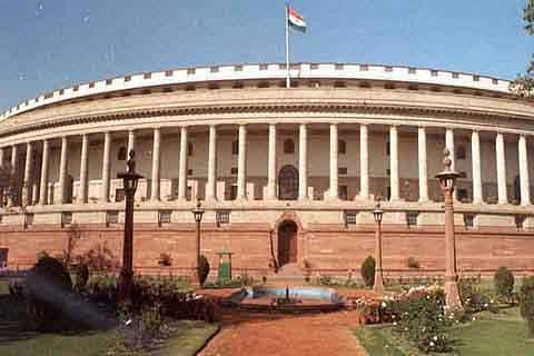 Uproar in parliament over CBI raid in Kolkata