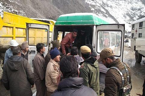 Two die after landslides, shooting stones hit Kashmir highway in Ramban