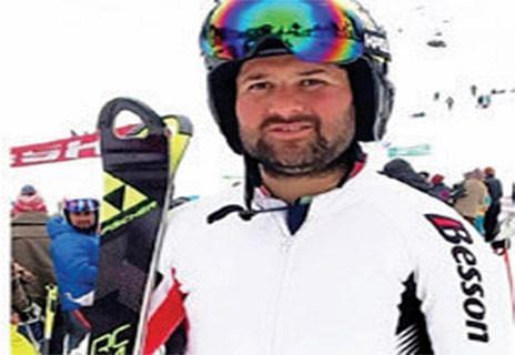 National Ski Championship: Kashmir skier Bilal Sheikh wins silver medal