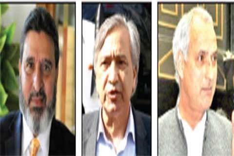 Altaf Bukhari, Tarigami, Veeri urge Governor make arrangements for stranded passengers