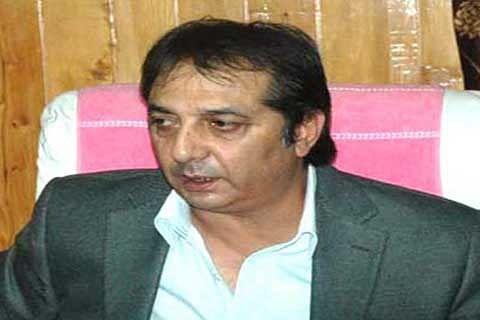 Kashmir Inc discusses prevailing situation with Div Com