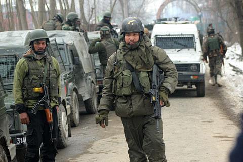 Sopore gunfight: Fresh firing reported; clashes erupt