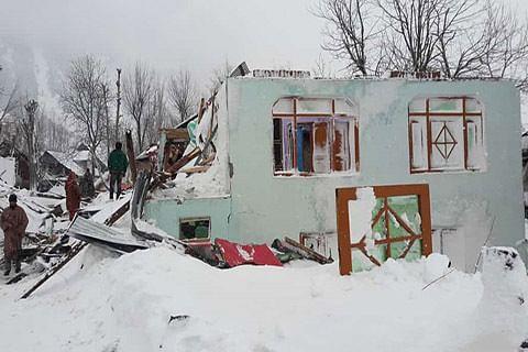55 houses damaged in Gurez avalanche