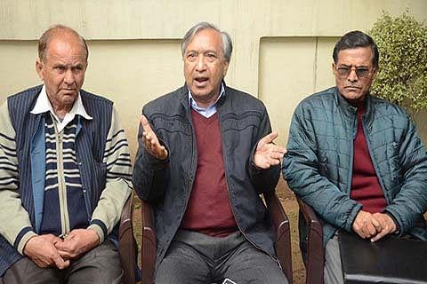 Attacks on Kashmiris shameful, Guv should call all-party meet: CPI (M)