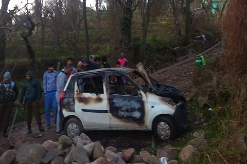 Three shops, two cars damaged in mysterious Mendhar blaze