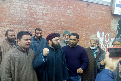 Kulgam family protests, demands release of kin