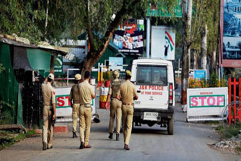 Crackdown on JeI continues, 200 activists held in south