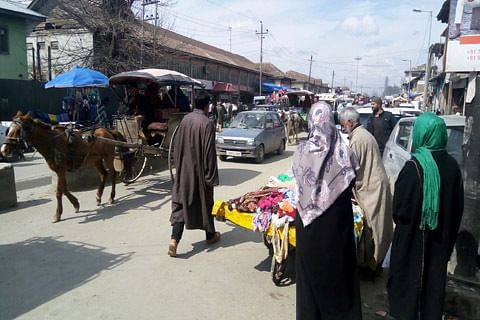 Normalcy in Sopore after 3-day shutdown
