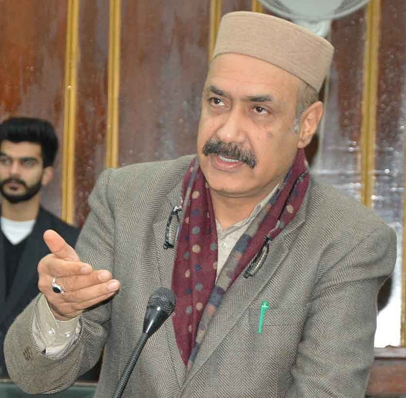 Govt must utilise all its resources to fight COVID-19: Basharat Bukhari