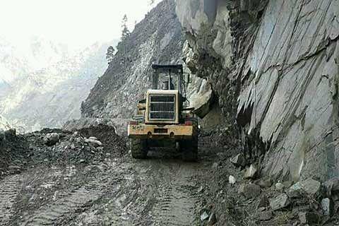 Highway closed again after fresh landslides