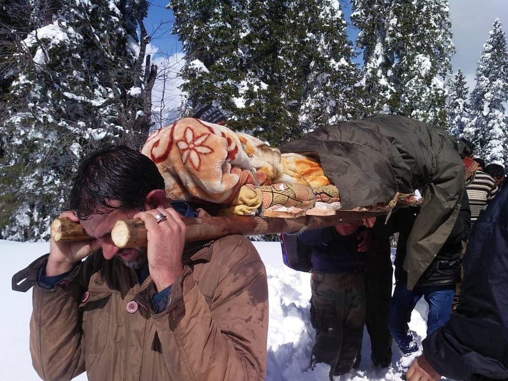 3 killed in snow blizzard at Sadhna Top