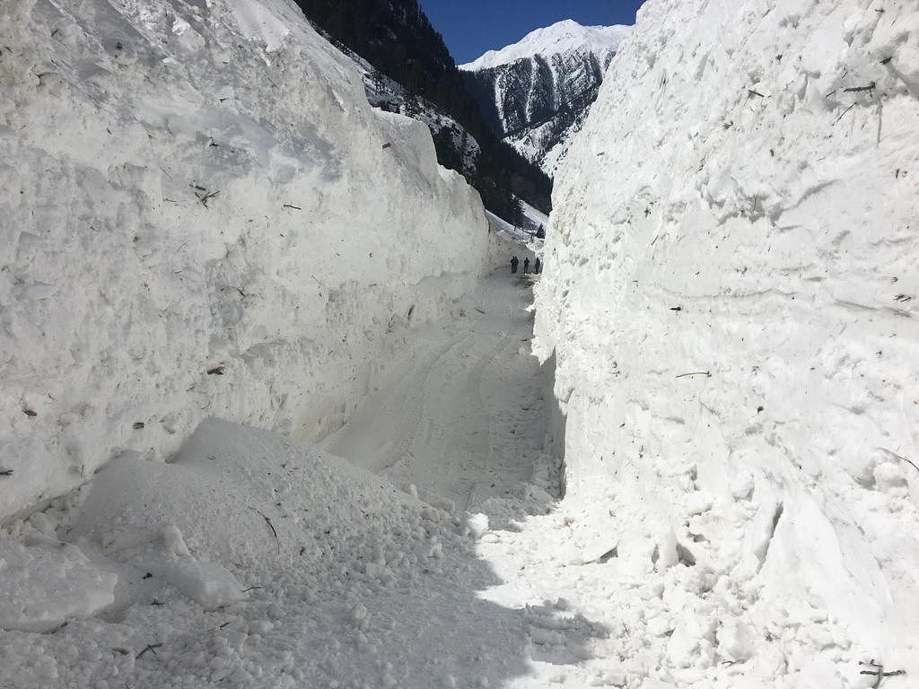 Heavy snow accumulation likely to delay Zojilla re-opening