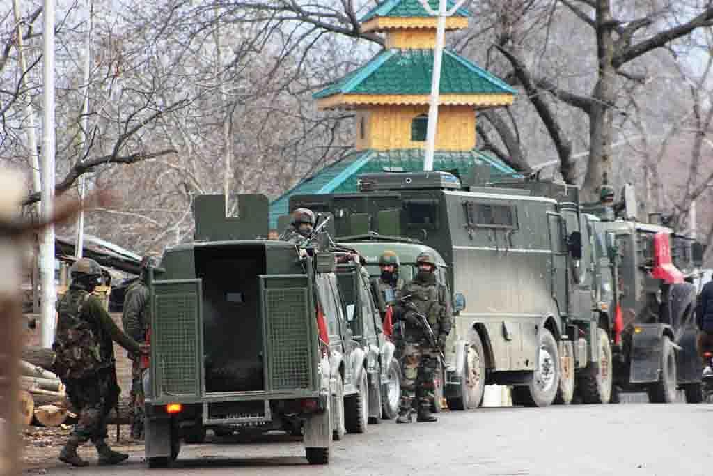 Militants escape after shootout in Kokernag