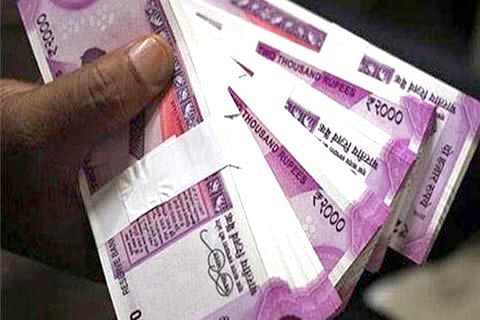 Engineers' Association donate Rs 5 lakh to Relief Fund