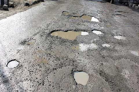Bandipora village sans proper road, locals suffer