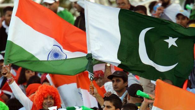 India boycotts Pak Day event as Kashmiri Hurriyat leaders invited