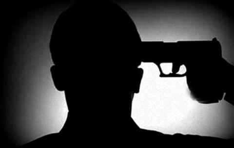 CRPF trooper shoots self dead in Srinagar