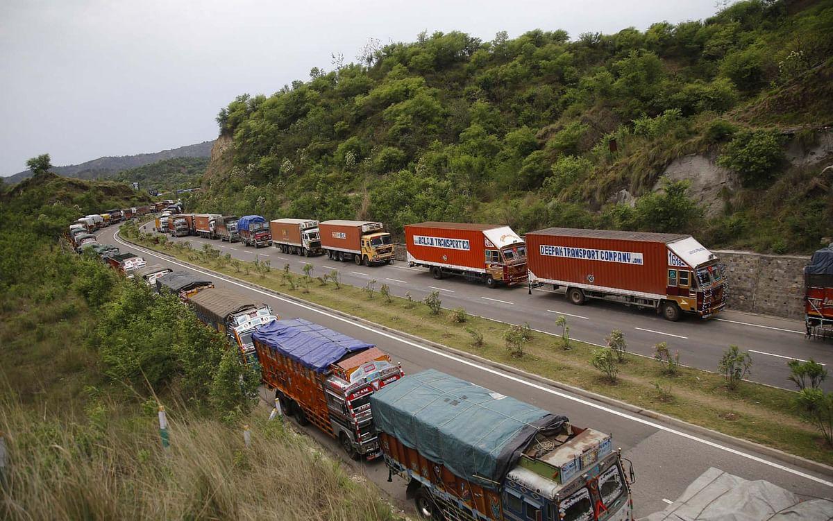 Jammu to Srinagar traffic today