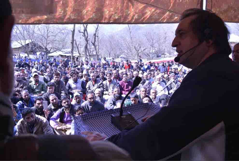 Tinkering with Articles 370, 35A will alter J&K's relationship with Delhi: Sajad Lone