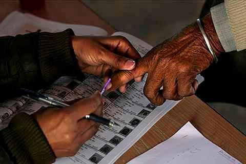 LAHDC polls: Voting underway amid proper security arrangements in Leh