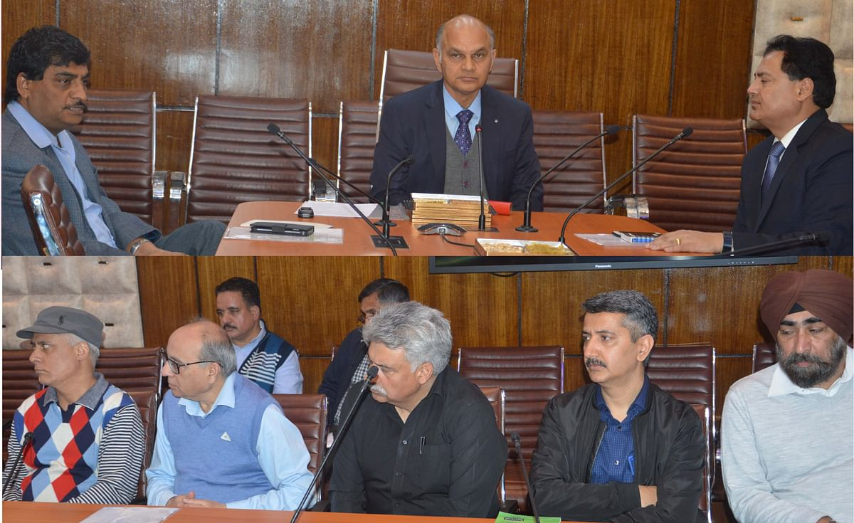 Advisor Sharma for expediting work on ongoing power projects