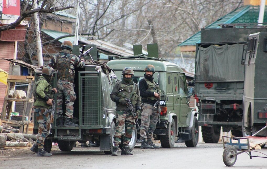 Forces launch search operation in Sopore