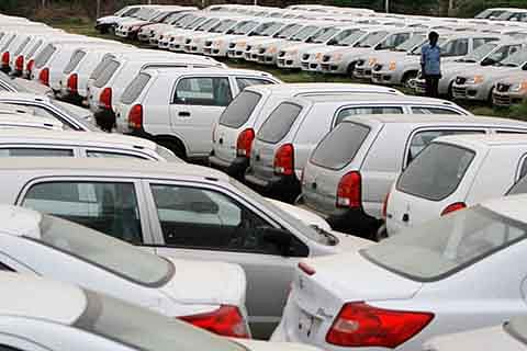 Yes Bank crisis worries auto dealers