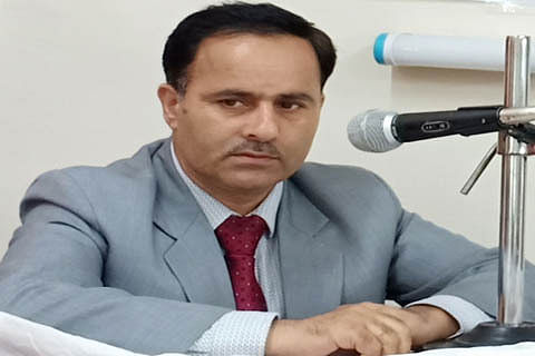 DC Baramulla urges people to follow SOPs