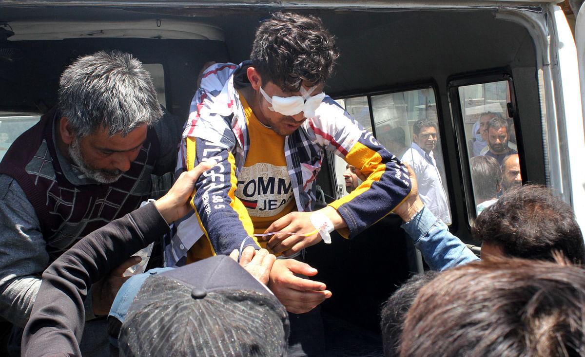 Several injured in Kulgam clashes